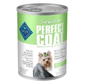 Blue Buffalo True Solutions Perfect Coat Skin & Coat Care Formula Wet Dog Food - 12.5 oz. Front of Can View