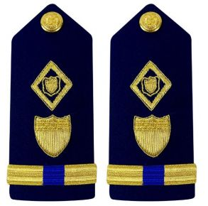 Vanguard Coast Guard Warrant Officer 4 Male Shoulder Board:  Maritime Law Enforcement Front View