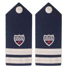 Vanguard Coast Guard Auxiliary Male HardShoulder Board: Lieutenant ADSO Front View